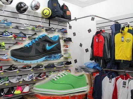 Спортивный магазин обуви костюмов фото