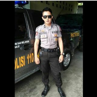 POLISI TNI GANTENG: Foto Polisi Gagah