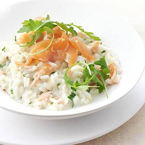 """This week, we're going fishing! The hero of this recipe is smoked salmon which, according to the NHS, """"is considered safe to eat in pregnancy"""". Its sidekick, le"""