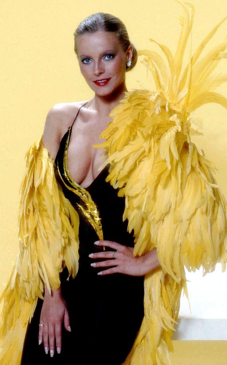 "( CELEBRITY WOMAN 2016 ★ CHERYL LADD ) ★ Cheryl Jean Stoppelmoor - Thursday, July 12, 1951 - 5' 3½"" - Huron, South Dakota, USA."