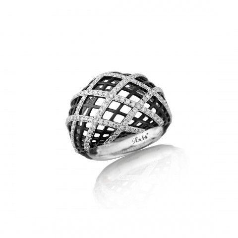 18ct White Gold black and white diamond set ring