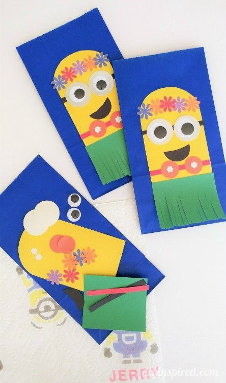 Make this adorable Despicable Me Hawaiian Minion Craft for parties, in the classroom, or just for fun! Put them on favor bags, make a puppet, or a piece of artwork. #AD  #QuickerPickerUpper #DespicableMe3