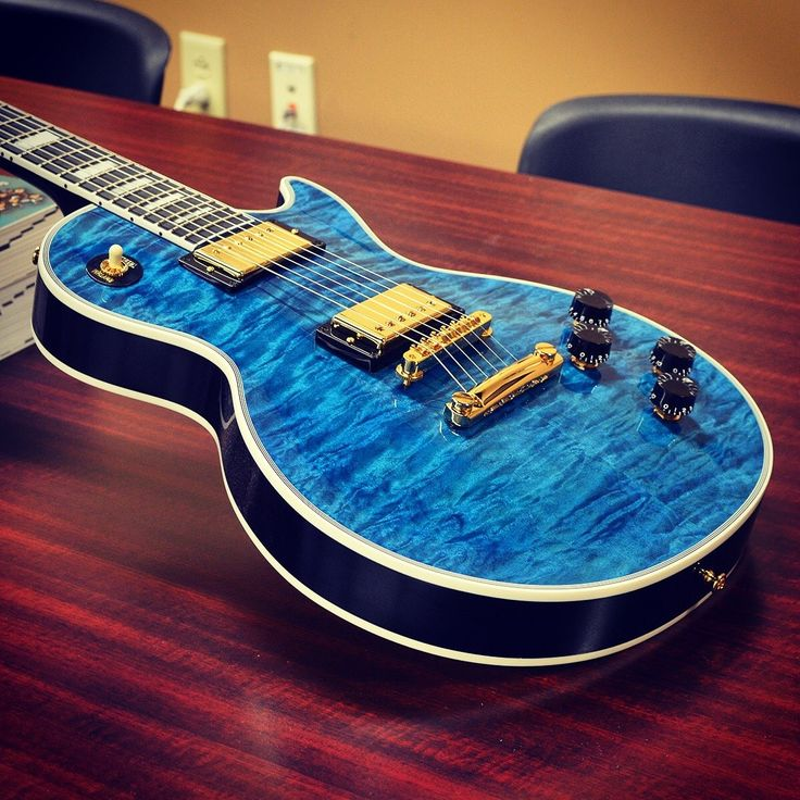24 best les paul guitar images on pinterest electric guitars gibson guitars and bass guitars. Black Bedroom Furniture Sets. Home Design Ideas