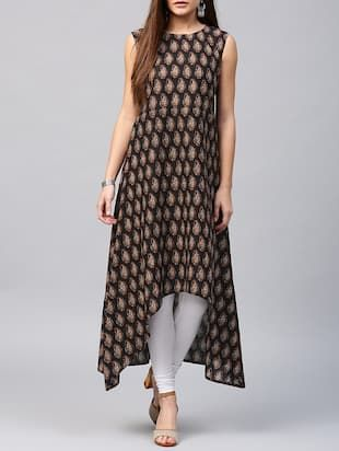Check out what I found on the LimeRoad Shopping App! You'll love the black cotton high-low kurta. See it here http://www.limeroad.com/products/14597050?utm_source=6c79537446&utm_medium=android