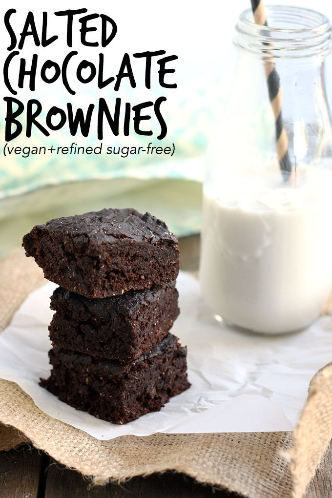 Vegan Salted Chocolate Brownies - fudgy and decadent, but surprisingly healthy! | love me, feed me