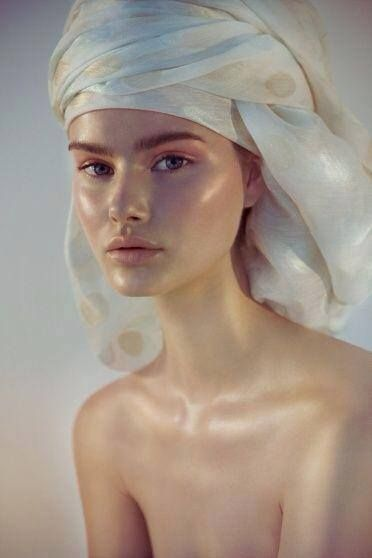 makeup by Hung Vanngo for Flawless Magazine