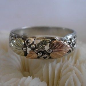VINTAGE JEWELRY Black Hills Gold Ring