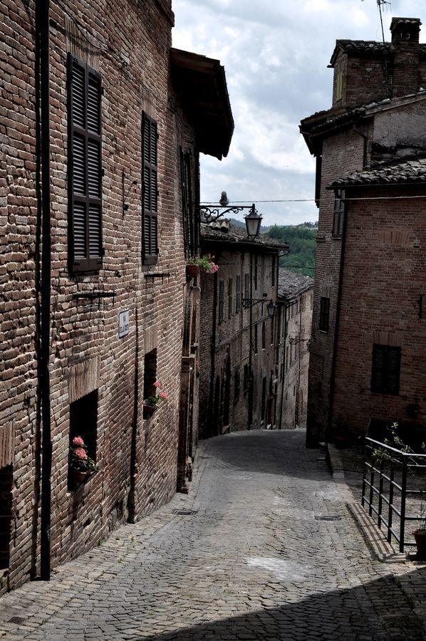 Old alley..in Sarnano (Italy)