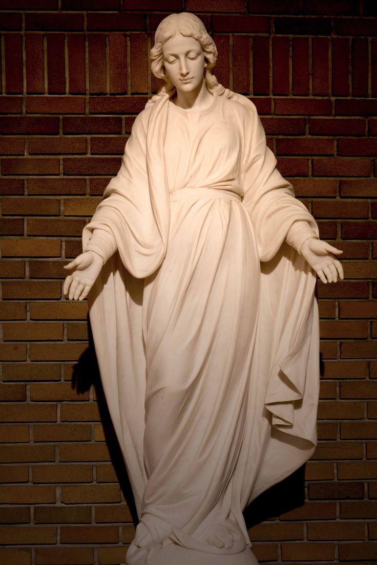 https://flic.kr/p/dsvnPC   Notre-Dame du Sourire - Our Lady of the Smile