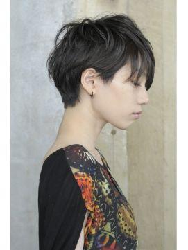 凛としたイメージ。おしゃれな女の子にトライして欲しい☆女子のツーブロックヘア参考一覧☆
