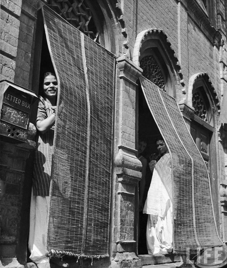vintage prostitutes | Prostitutes Looking out from the Doors of Brothel - Lahore 1946 - Old. | burdel | Pinterest | More India and History ideas