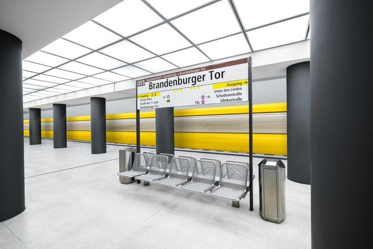 Galería de Estas fotografías capturan la colorida arquitectura de las estaciones de metro en Europa - 2