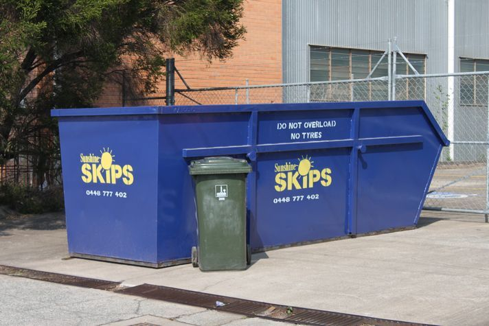 What Should You Do Now That You Have Decided To Use A Skip Bin - http://www.sunshineskips.com.au/company-trash-collection-pickup-skip-mini-hire-a-bin-for-skips-cheap-bins/