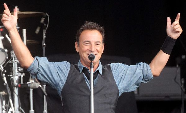 pictures of bruce springsteen on tour 2013 - Google Search
