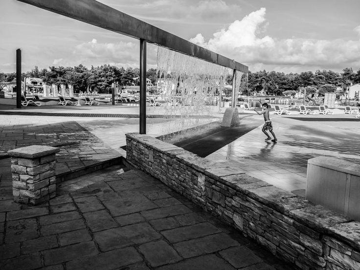 https://flic.kr/p/MnNDvs | Overcoming in geometry | Umag, Croatia/aug.`16