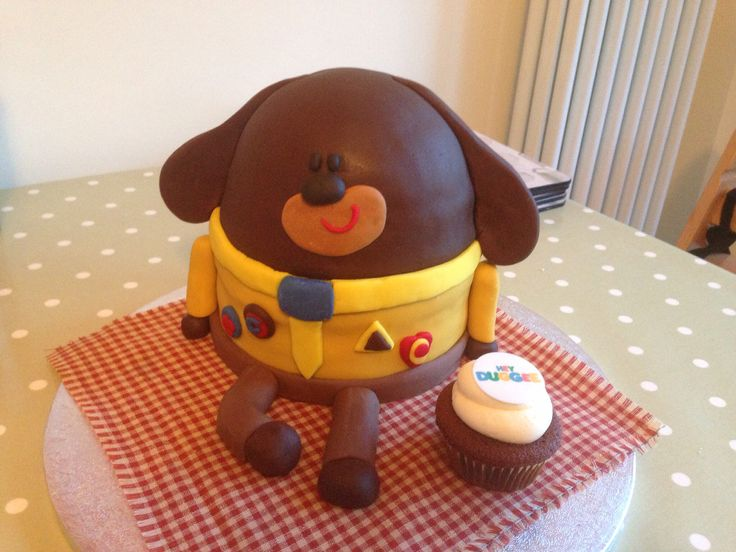 Hey Duggee cake. Made for Elsie's 2nd birthday. 1 X half a football cake tin + 5 X 6 inch sponges + Loads of buttercream + Even more fondant + Plenty of time = One happy 2 year old