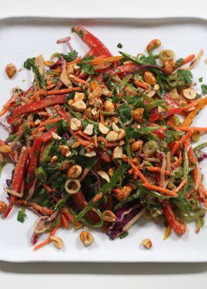 Crunchy salad with peanut dressing