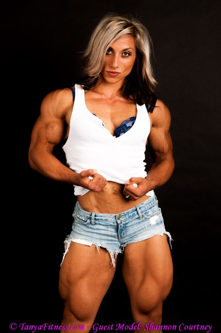 fbbfan1:  When the girl next door is actually the princess of muscle …