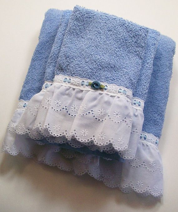 Hand Embellished Hostess Guest Towel Set Bath by dalesdreamsII