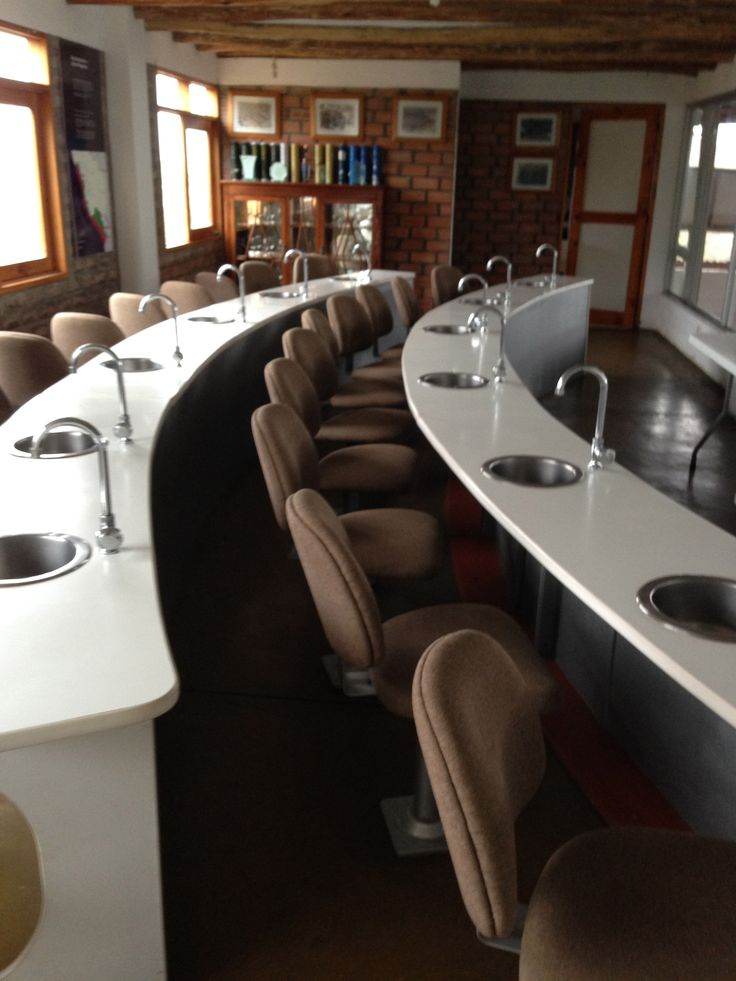 Tasting room at 4 Gallos