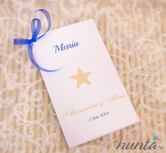 Meniu Del Mar cu funda albastra si steluta de mare, perfect pentru o nunta cu tematica marina.