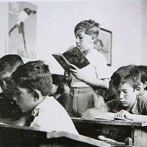 Como vemos,fue terrible el carácter que tomo la educacion durante la guerra civil que alumbraba lo que serian los años de la dictadura