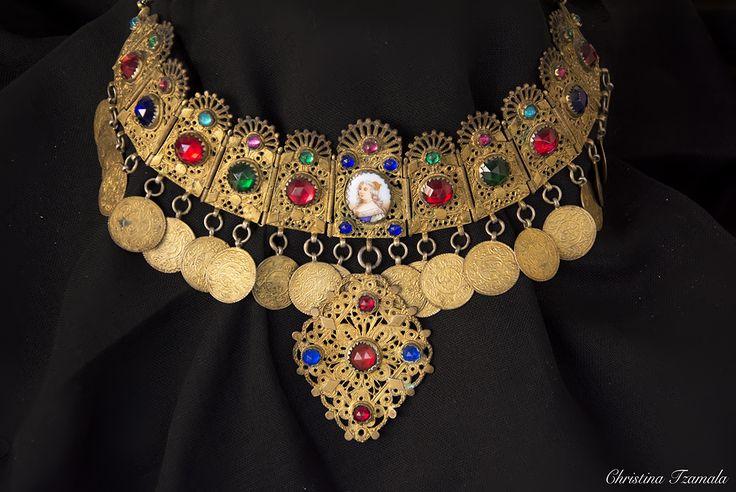 authentic jewelry / Attica