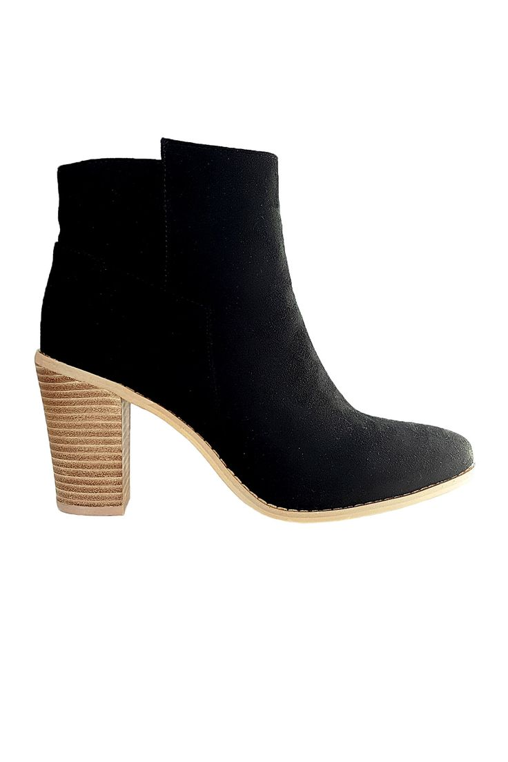 Timeless and Chic | Isabella Boots in Black Suede | Scandinavian Style