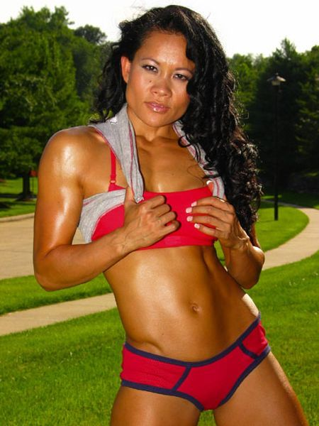 Yvonne+Bates-asian+fit+girl-top+fitness+models.jpg (450×600)