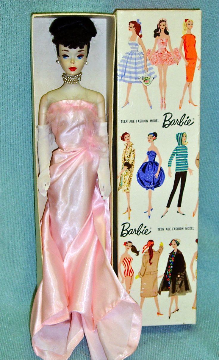 Rare! - Barbie, Fashion Icon of the 60's