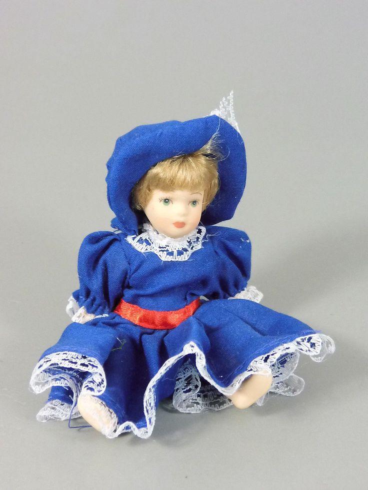 Maxi EI Bewegliche China Puppen 2002 Puppe Mit Blauem Kleid | eBay