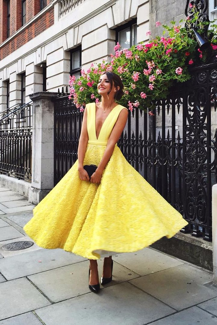 Yellow Dresses For A Wedding 33