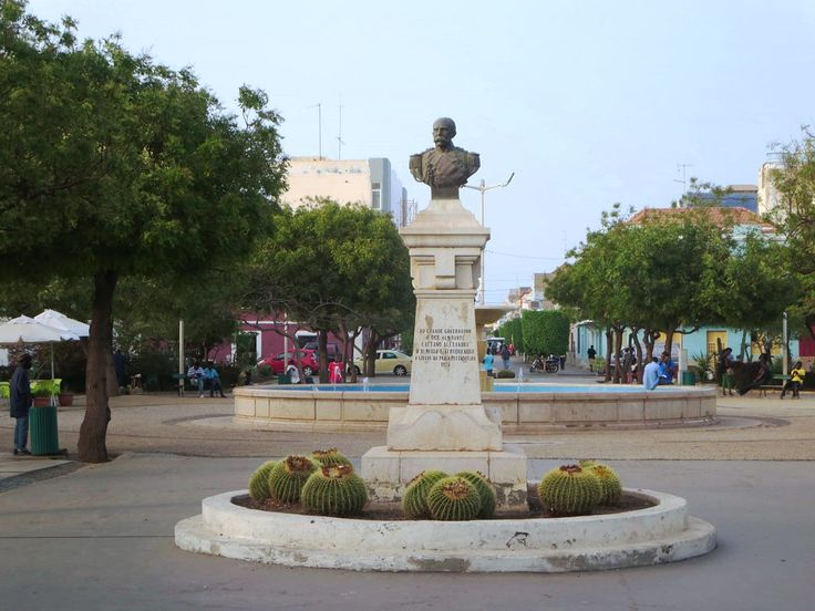 A bust of Caetano Alexandre de Almeida e Albuquerque, Governor of Cape Verde from 1869 - 1876, stands on the square of the same name in the center of Praia on Santiago Island.