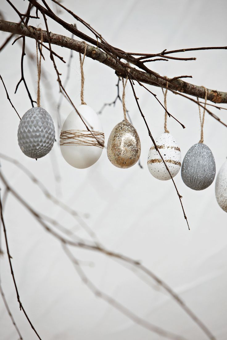 Classy Easter egg decorations