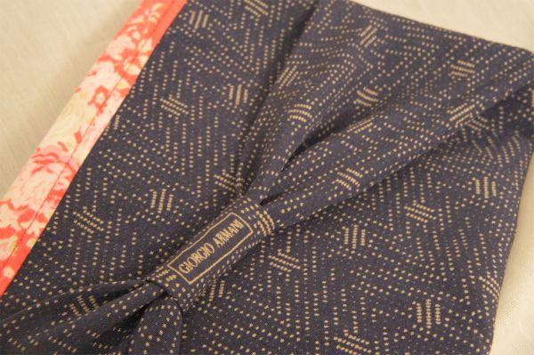 Necktie Zip Poach #handmade #necktie #poach #sewing #Armani