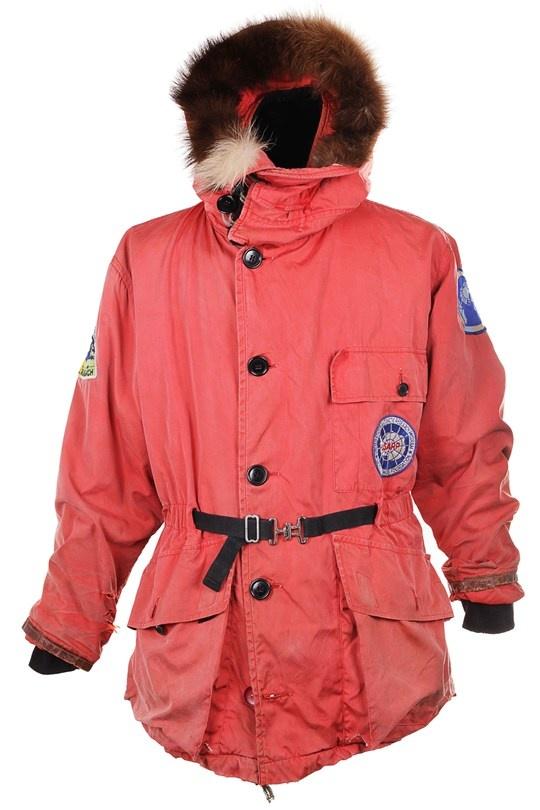 https://i.pinimg.com/736x/7e/30/85/7e308596cd80b0e1ac3a09a4b5887c9d--canada-goose-jackets-coats--jackets.jpg
