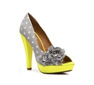 : Fashion, Polka Dots, Style, Rate Carnivals, Carnivals Pumps, Woman Shoes, Women Shoes, Womens Shoes, Hot Spring