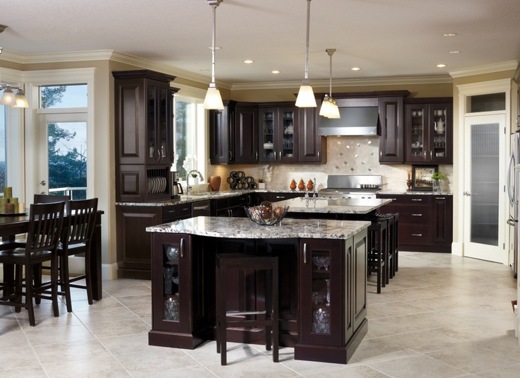Kitchen Craft S Chiseled Brookfield Door Displays The Darkness Of The Cherry Espresso Finish To Perfection