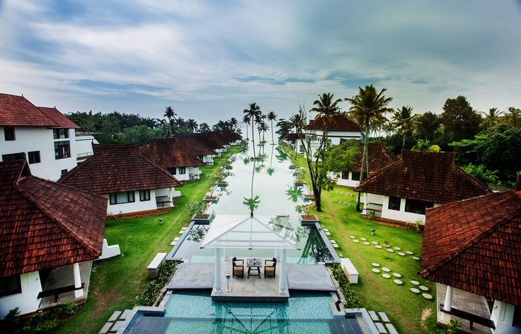 We believe that travelling to places of natural beauty & pleasant climate, heals and nourishes the human soul. Medicines are for body, while travelling is for soul. Relax and Rejuvenate soul, body and mind at AVEDA Resorts & Spa - KUMARAKOM, Kerala. #boutindia #travel #India #travelindia #kerala #Kumarakom #tripstoindia #tourstoindia #tourindia #luxurytravel #luxurytours #incredibleindia #avedaresort