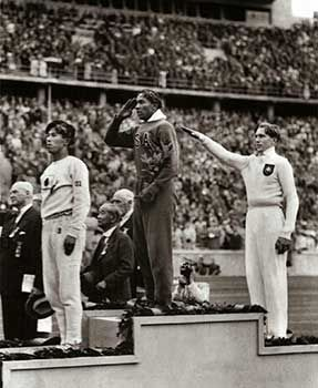 Jesse Owens 1936 Olympics! UNNERVING HISTORICAL PHOTOS THAT WILL LEAVE YOU SPEECHLESS
