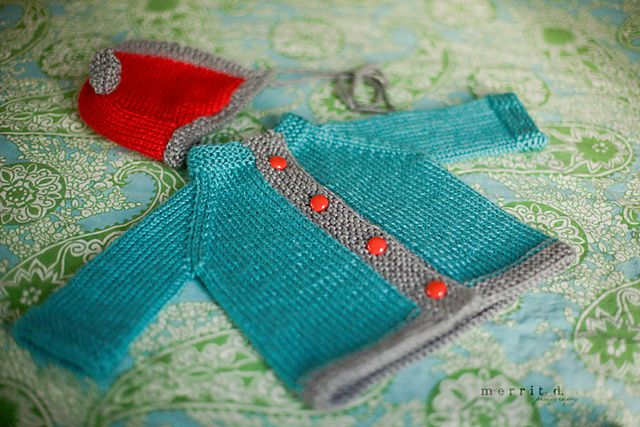 Baby Bunting Sweater, free #knitting pattern by Linden Down