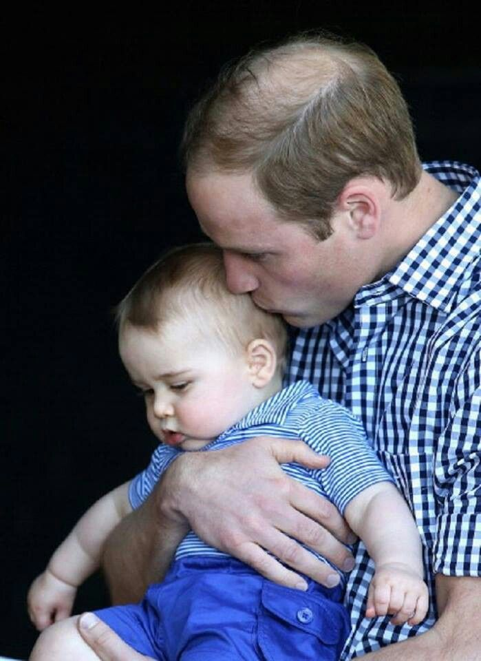 Prince William and Prince George, at Taronga Zoo in Australia, 20 April 2014
