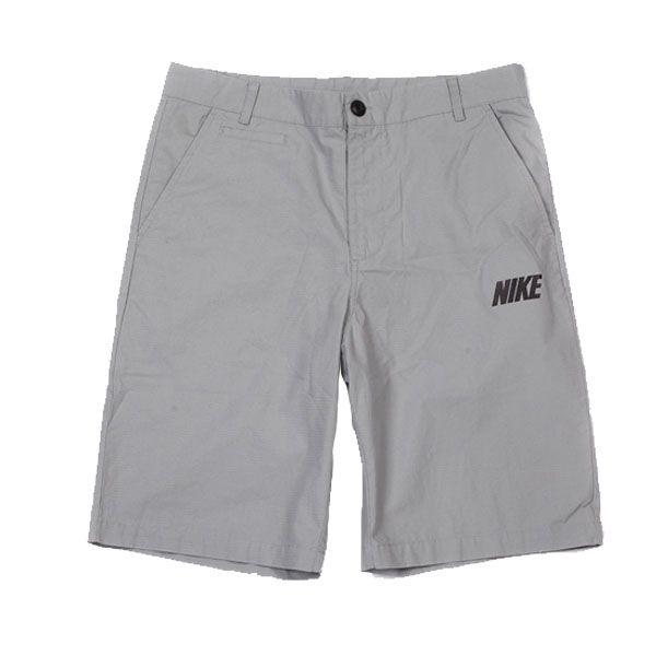 Celana Nike As Basic Short – 585031-022 merupakan celana casual yang dapat digunakan pada saat santai ataupun berpergian. Celana ini diskon 10% dari harga Rp 359.000 menjadi Rp 329.000.