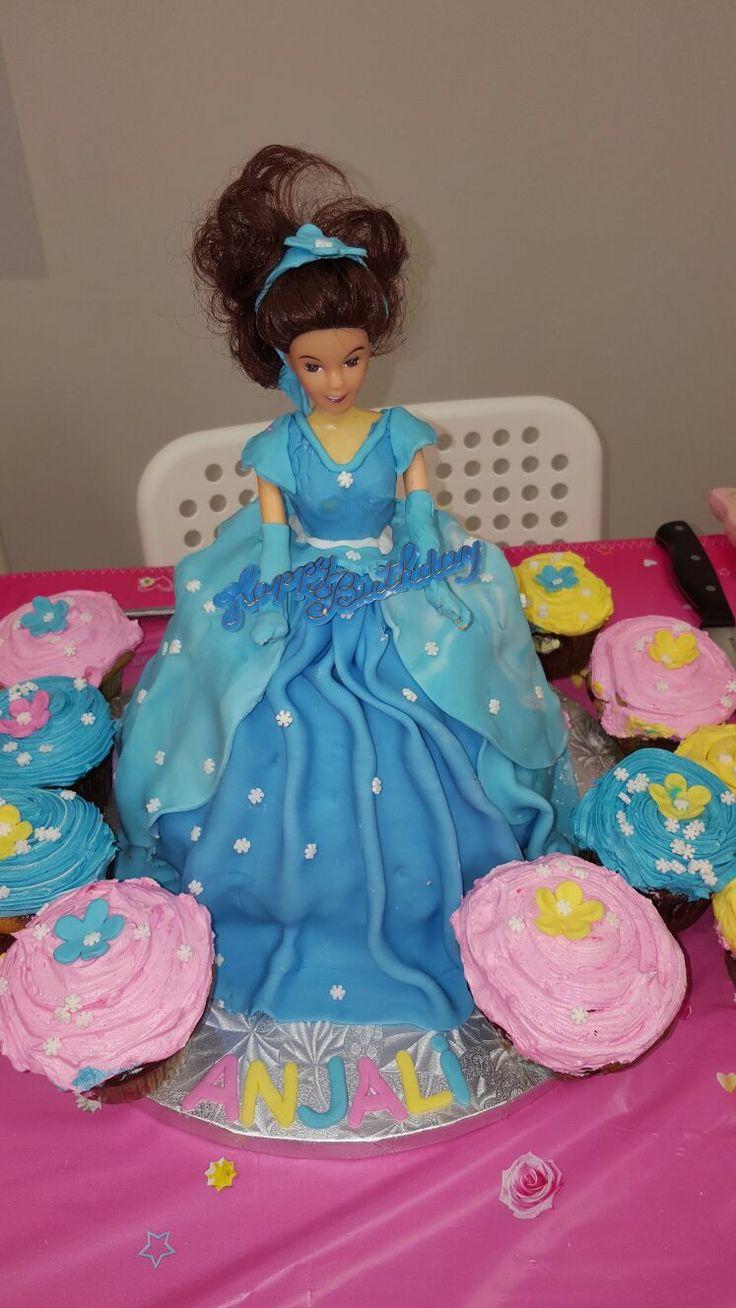 Cinderellacake #disneycake #dollcake #disneydollcake #cakesnbeautycare #cakesnbeautycare@gmail.com #(647)297-1456 #mississaugacakes #cakemississauga