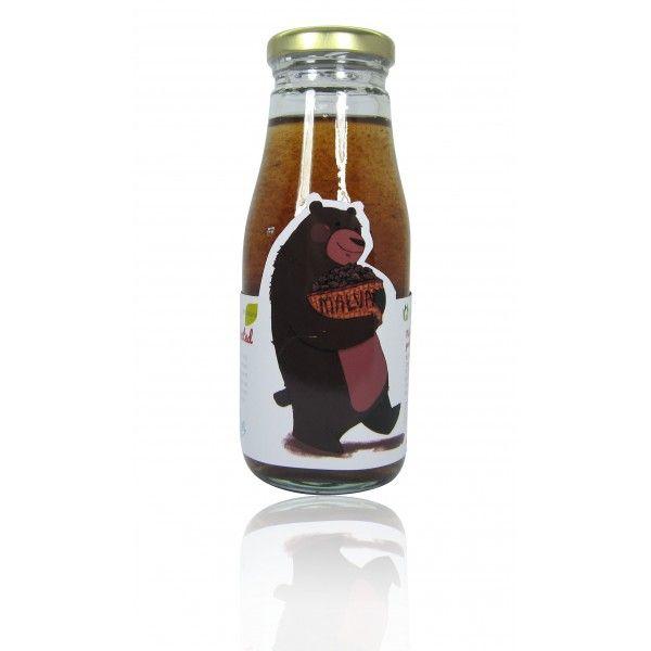 Malva Nut Juice in Pandan leaves Extracted