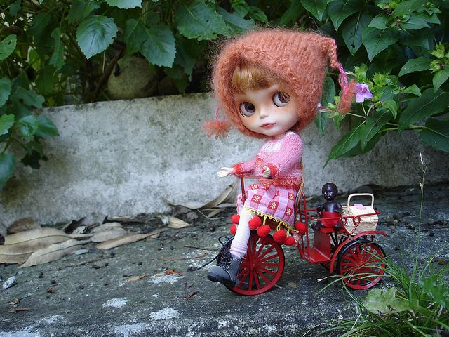 a smal gift for deedee by madame_ze_cat, via Flickr