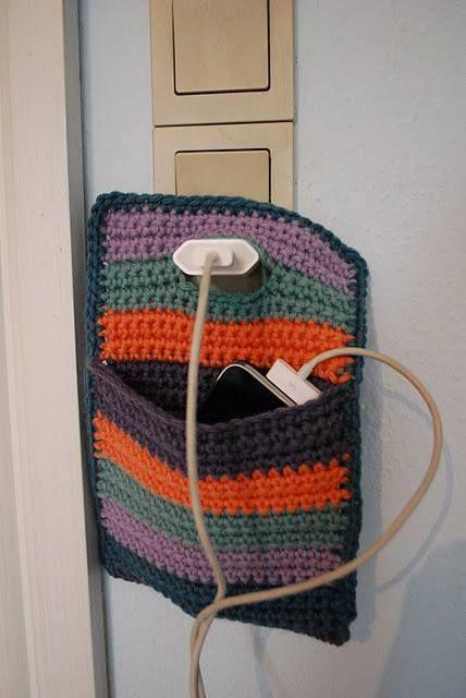 idea porta cellulare in carica Foto di Iniciando Crochê