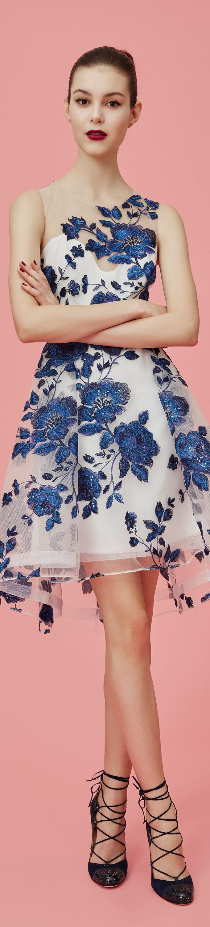 Marchesa Notte Pre Fall 2016 vogue Absolutely love the embroidered flowers
