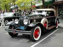 Brewster & Co.    ****************************************** ===>  https://de.wikipedia.org/wiki/Brewster_%26_Co.#Brewster_und_Rolls-Royce   ****************************************** ===>  https://commons.wikimedia.org/wiki/Category:Brewster_automobile_bodies