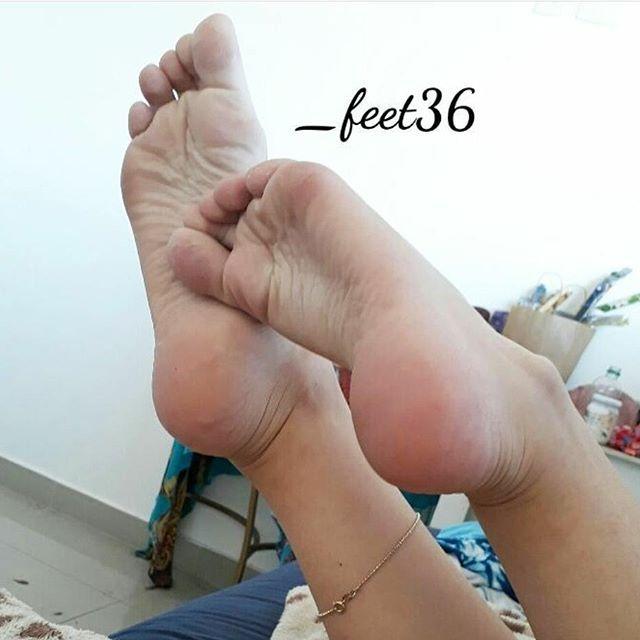 @_feet36  #podolatria #pesfemininos #pezinhos #feetish #foot #feet #toes #nails #soles #pé #dedos #unhas #solas #solinhas #fetiche #podolatra #podo #footfetishnation #footfetish #footworship #footmodel #instafeet #nailspolish #perfectfeet #brazilianfeet  #femalefeet #feetlovers #pies #pieds #pés